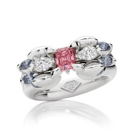 Medusa Argyle Diamond Ring