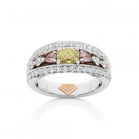 18Vivid Bridge Couture Ring, Yellow and Argyle Pink Diamond