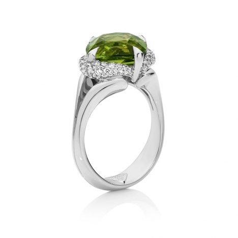 Chloe Petite Peridot Ring